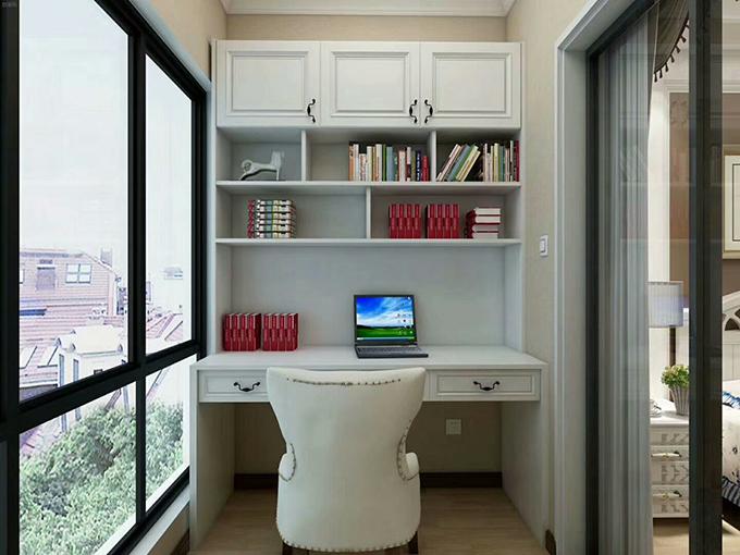 简约的美式家具上面放些书柜,落地窗让人的视线可以看得更加开阔,并且光线也照射得更加明亮。